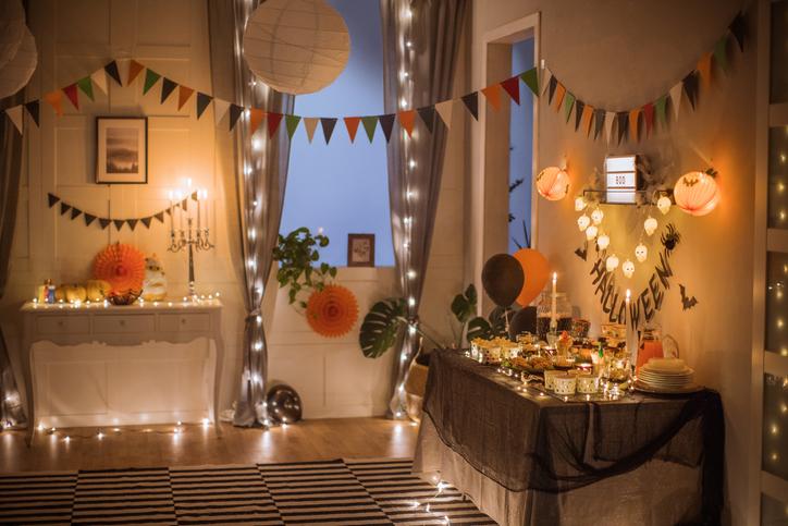 Casa decorada com a temática do Halloween