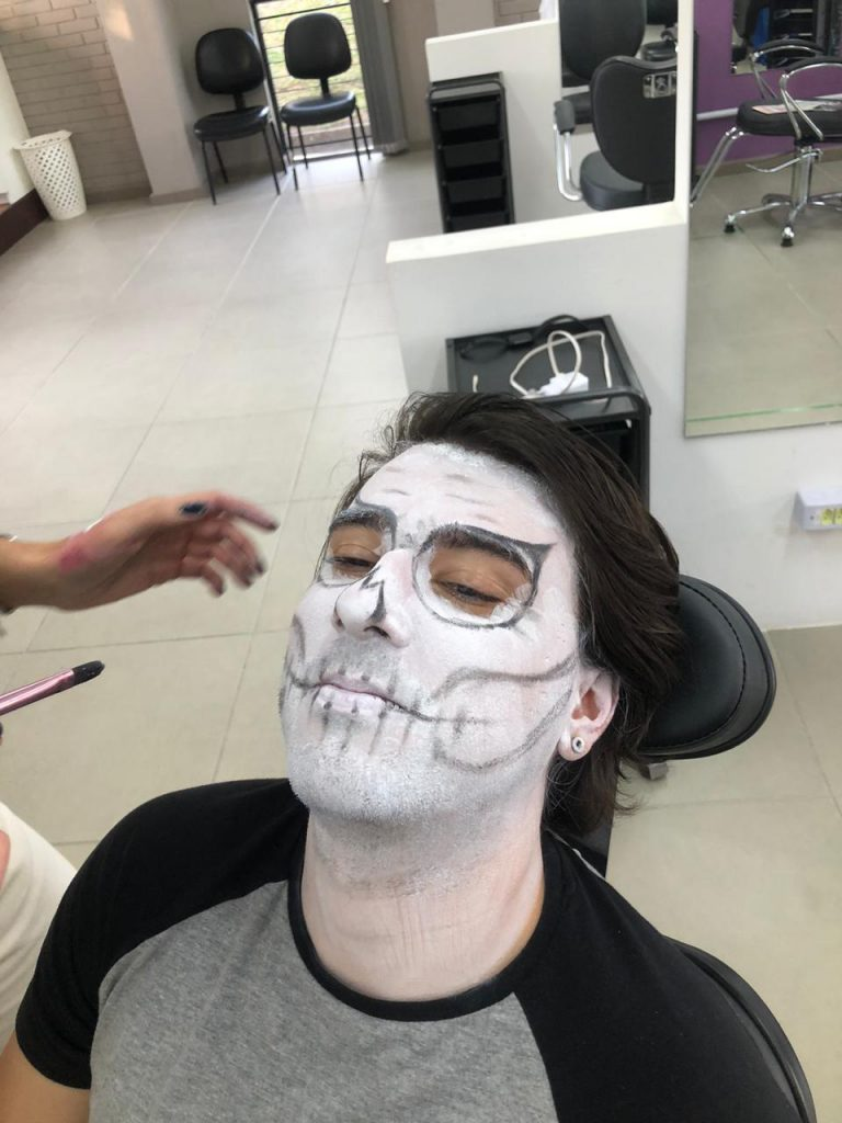 Make Halloween 2 – Caveira