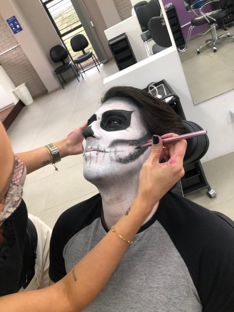 Make Halloween 5 – Caveira