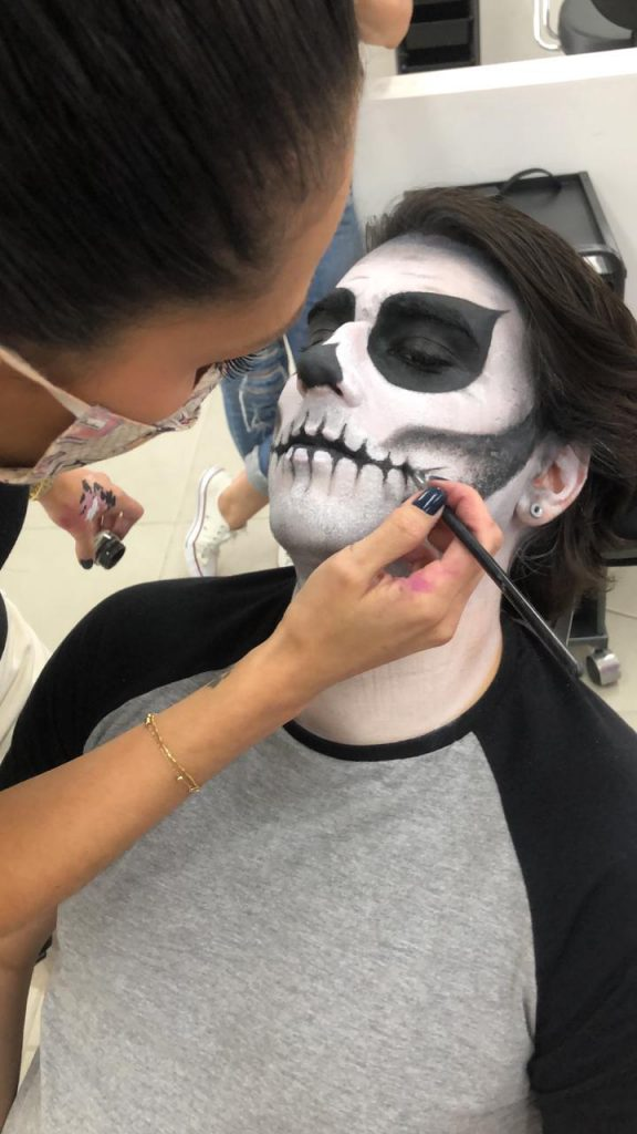 Make Halloween 6 – Caveira