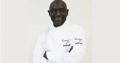 Dia do Professor: chef Mamadou Sène trabalha como docente há 23 anos no Senac-RS