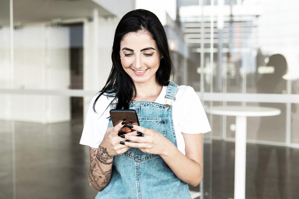 Uso do celular por jovens aprendizes