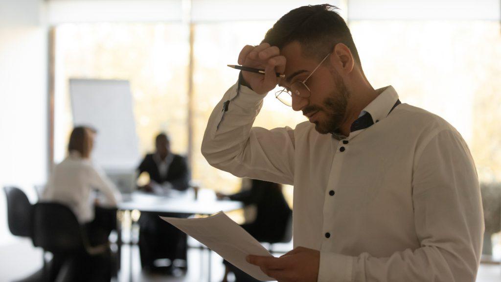 Entre os motivos que levam as pessoas a buscarem a capacitação estão a preocupação com entrevistas de emprego, timidez, insegurança na fala.